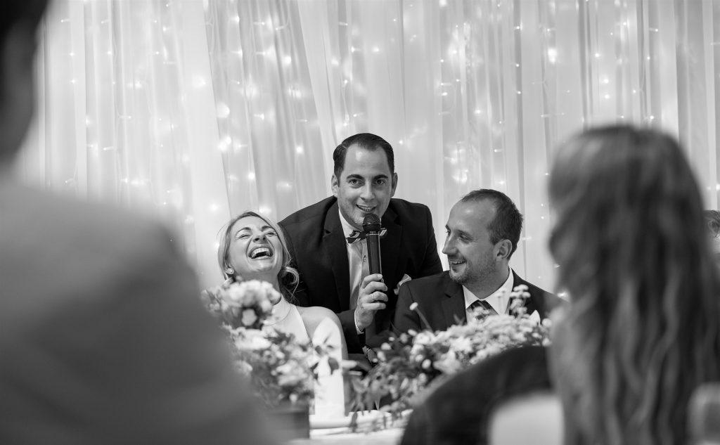 ceremóniamester-budapest-esküvő-óbudai-rendezvényház-főasztal
