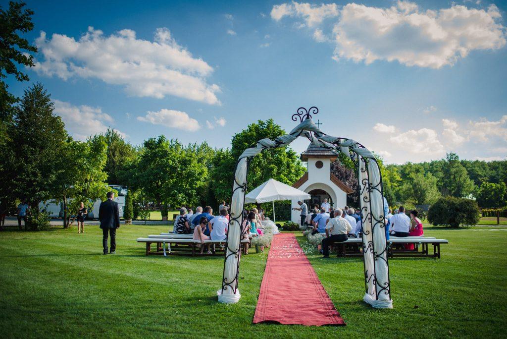 ceremoniamester-cero-barnalaci-lazar-lovaspark-domonyvo%cc%88lgy2049
