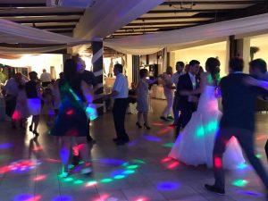 Ceremóniamester esküvő Vasadon a Nádas pihenőparkban