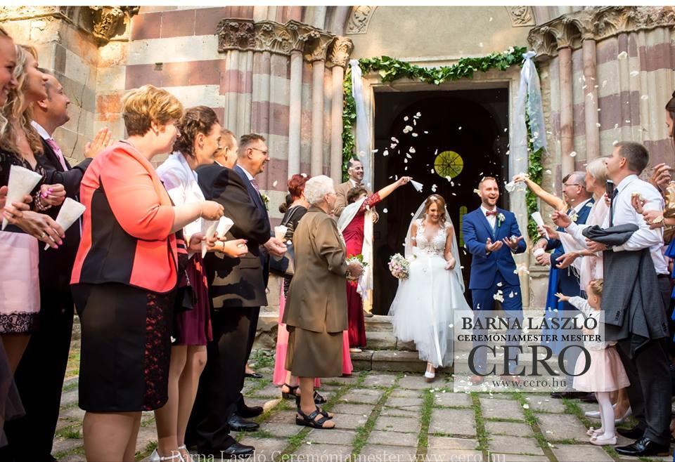 ceremóniamester Eger, esküvő Egerben, a hotel_villavölgyben - Cero Barna László